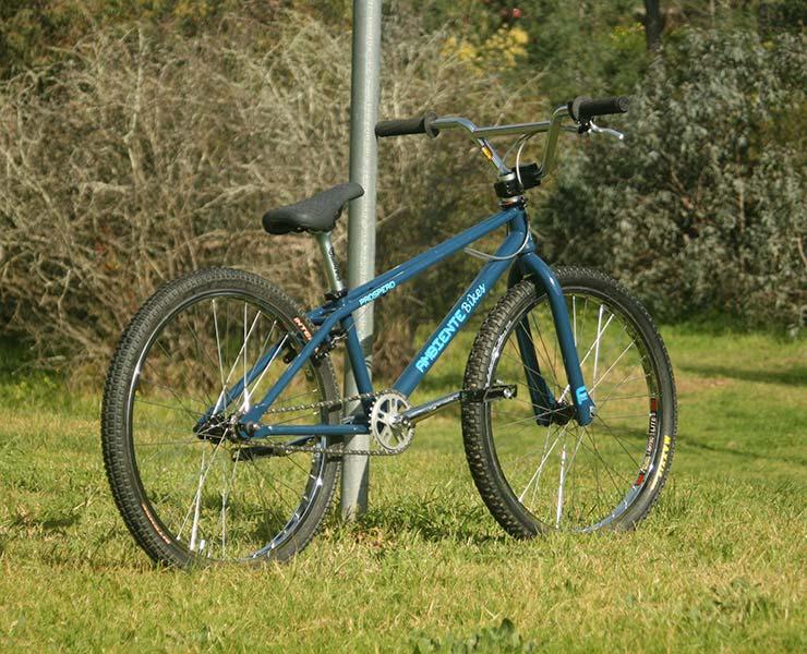 "Ambiente Bikes Prospero 24"" old school style BMX cruiser"